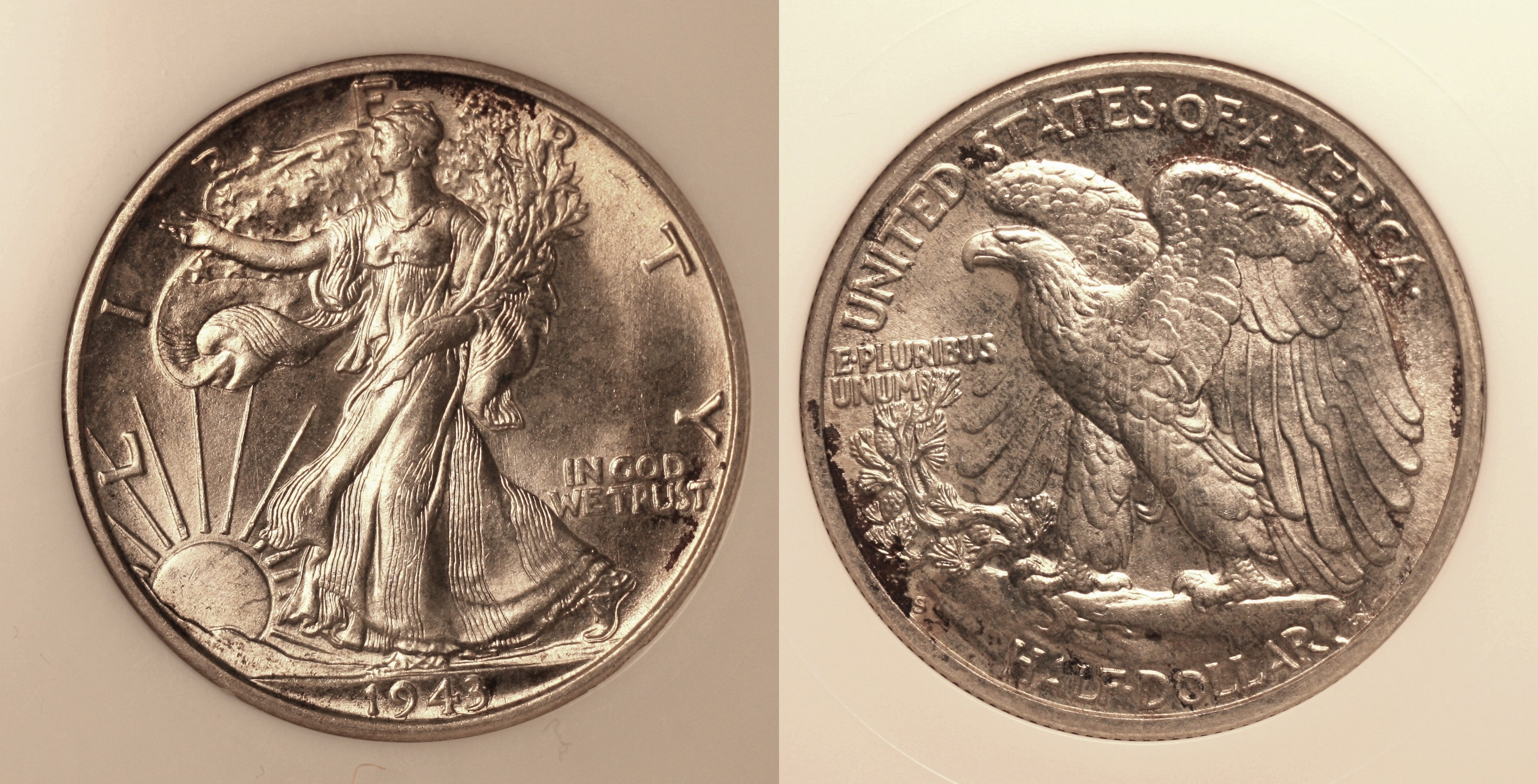 1943-S Walking Liberty Half Dollar NGC MS-65 camera